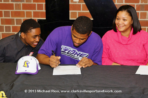 Maleek Hall signed with the Tennessee Tech Golden Eagles