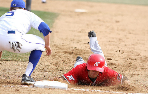 APSU vs Eastern Illinois. Austin Peay Baseball. (Sandy King EIU Sports)