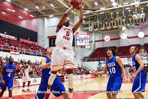 APSU's Chris Horton named OVC Freshman of the Week. Austin Peay Men's Basketball.