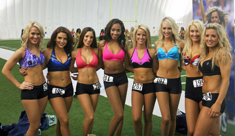 Tennessee Titans Cheerleaders Semifinal auditions April 20th. (Tennessee Titans)