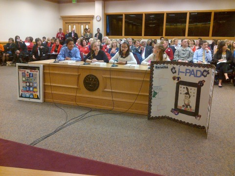 Fifth graders from Sumner County testified before the House Education Committee on Tuesday.  They promoted the use of Apple iPads in the classroom and treated committee members and the audience to a very compelling presentation about the role and effectiveness of technology in public education.