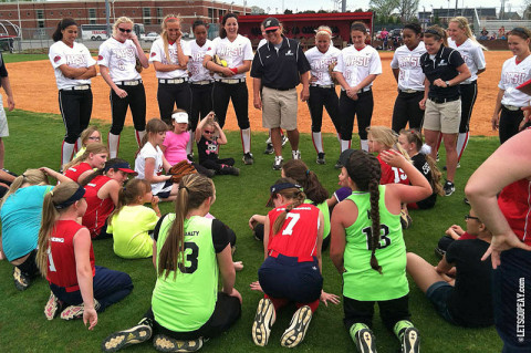 Austin Peay Softball skills clinic. (Courtesy: Austin Peay Sports Information)