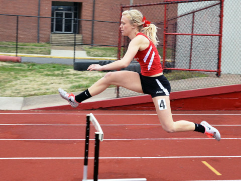 Austin Peay Women's Track and Field. (Josh Vaughn - Clarksville Sports Network)
