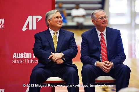 APSU President Tim Hall and Basketball Head Coach Dave Loos.