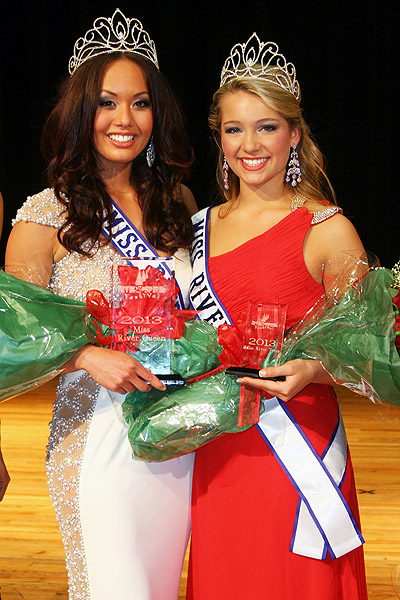2013 Miss River Queen 2013 Sarah Gross (left) and 2013 Miss River Teen Hope Parker (right).