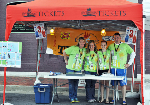 Volunteers needed for the 2013 Rivers and Spires Festival.