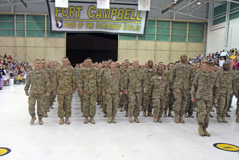 Fort Campbell 101st Combat Aviation Brigade and 3rd Brigade Combat Team Soldiers return home from Afghanistan from a job well done.