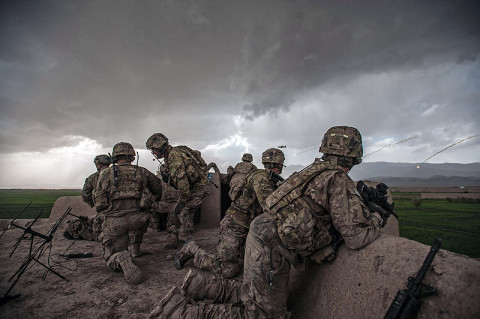 "ZORMAT, Afghanistan – Soldiers from ""Bulldog"" Company B, 1st Battalion, 187th Infantry Regiment, 3rd Brigade Combat Team ""Rakkasans,"" 101st Airborne Division (Air Assault) observe an A-10 Warthog as it drops flares over a wheat field during Operation Sham Shir April 24, 2013, Sahak, Afghanistan. (U.S. Army National Guard Sgt. Joshua S. Edwards)"