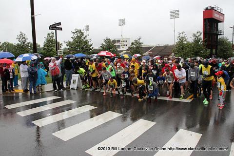 The start of the 2013 Queen City Road Race 5k race.