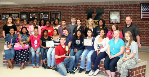 Rivers and Spires Festival names Kenwood High School Students 'Volunteers of the Year'
