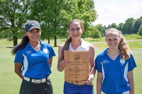 Richview Middle School Girls Golf Team (L to R) Mariah Smith, Cameron Waltman and Kallie Robertson.