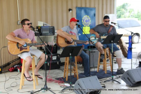 The Back Lot Pickers will be performing at this year's Lone Oak Picnic.