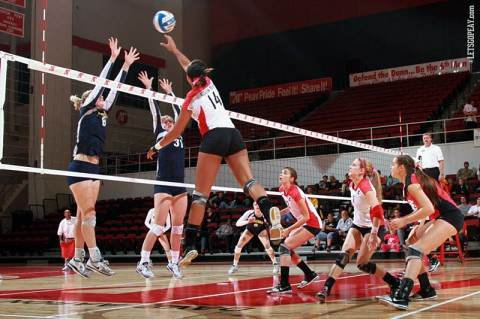 Austin Peay Women's Volleyball. (Brittney Sparn - APSU Sports Information)