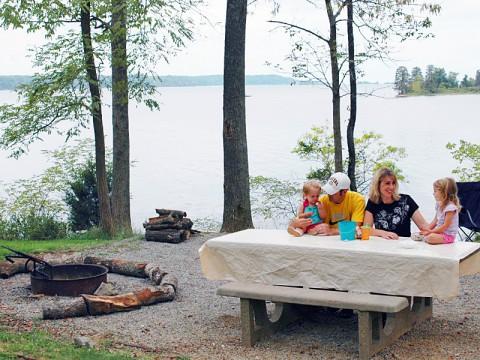Picnicking at Land Between the Lakes
