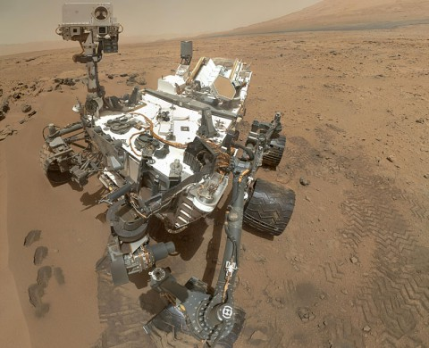NASA's Curiosity rover used the Mars Hand Lens Imager (MAHLI) to capture this set of 55 high-resolution images, which were stitched together to create this full-color self-portrait. (NASA/JPL-Caltech/Malin Space Science Systems)