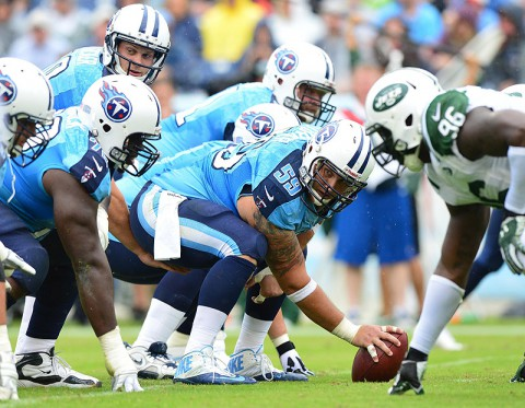 Tennessee Titans center Rob Turner (59) prepares to snap the ball against the New York Jets during the first half at LP Field. (Don McPeak-USA TODAY Sports)