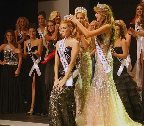 Miss Tennessee USA 2014, Kristy Landers Niedenfuer, accepts her crown from Miss Tennessee USA 2013, Brenna Mader, and Miss Tennessee Tenn USA 2014, Morgan Moseley.