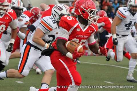 Austin Peay running back Omar Williams breaks loose for a 46 yard run Saturday against the UT Martin Skyhawks.