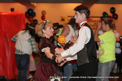 Attendees dance at the 2013 Wags to Witches Fur Ball Bash