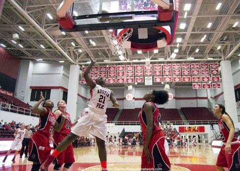 Austin Peay Women's Basketball hosts Trevecca. (David Roach Clarksville Sports Network)
