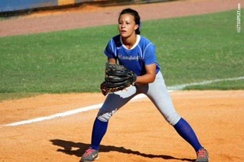Dominique Todd signs with Austin Peay Softball. (APSU Sports Information)