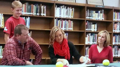 Caitlyn Hudgins signs to play Austin Peay Softball. (APSU Sports Information)
