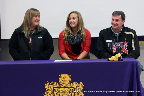 Clarksville High School softball player Heather Norris signs with APSU.