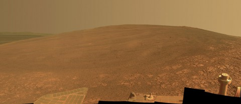 "This scene shows the ""Murray Ridge"" portion of the western rim of Endeavour Crater on Mars. The ridge is the NASA's Mars Exploration Rover Opportunity's work area for the rover's sixth Martian winter. (NASA/JPL-Caltech/Cornell/ASU)"
