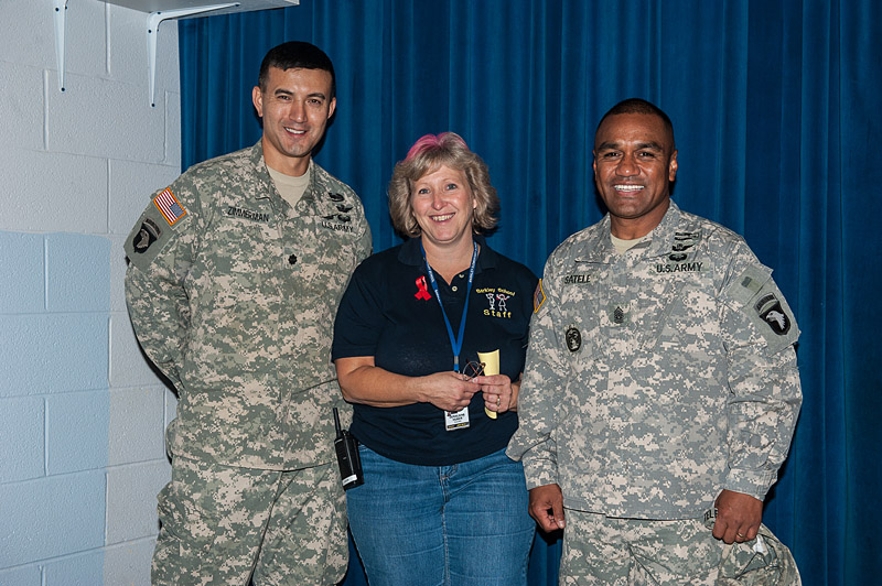 Eagle volunteers for Fort Campbell's Barclay Elementary Fall Festival ...