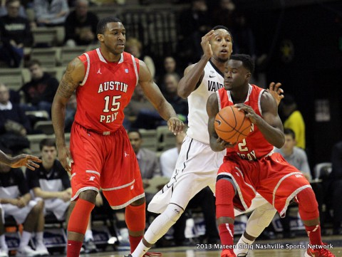 Austin Peay Men's Basketball defeats UT Martin 88-85. (Mateen Sidiq Clarksville Sports Network)