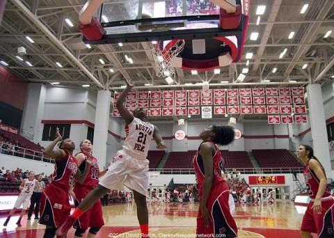 Austin Peay Women's Basketball visit Xavier.
