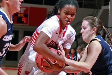 Austin Peay Women's Basketball falls to Chattanooga. (Brittany Sparn/APSU Sports)