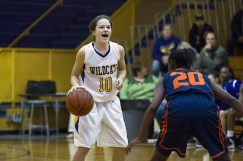 Clarksville High Girls Basketball defeats White House 47-24. (Clarksville Sports Network)