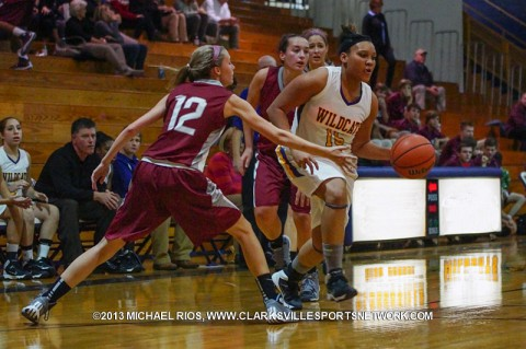 Clarksville High Girl's Basketball beats Camden 44-32.