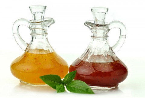 Oil-based salad dressings on salads can help support healthy brain function.