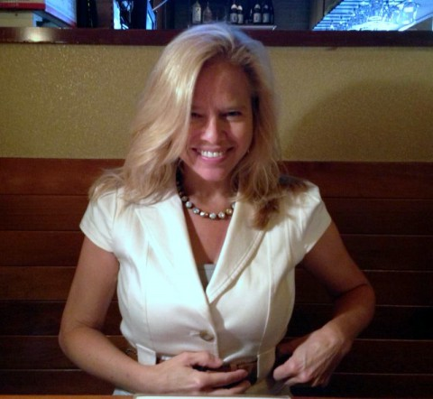 Sandee Gertz-Author/Writer (Clarksville Online)