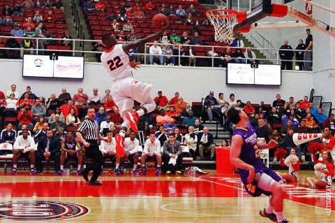 APSU's Damarius Smith scores 18 in 83-69 victory over Tennessee Tech. (Brittney Sparn/APSU Sports Information)