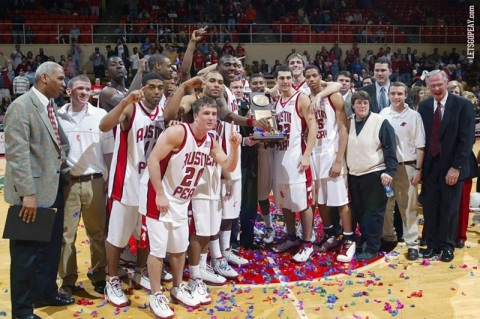 2003-04 Governors and Lady Govs basketball championship teams to be honored February 15th. (APSU Sports Information)