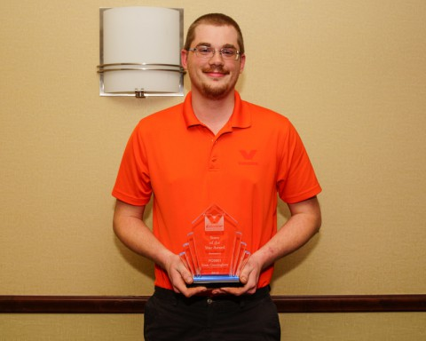 "Liam Cunningham awarded ""Store of the Year"" for Valvoline Instant Oil Change 2013. (Michael Rios Clarksville Online)"
