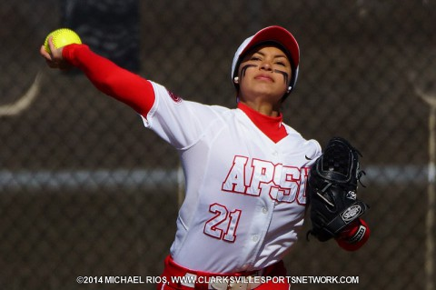 Austin Peay freshman center fielder Fatima Larios. (Michael Rios-Clarksville Sports Network)