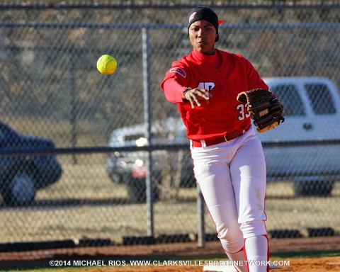 Austin Peay Lady Govs Softball sweeps Trevecca Friday.