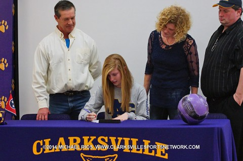 Clarksville High School soccer player Amber Colvin signs National Letter of Intent.