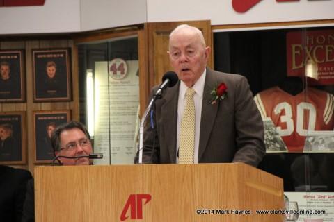 Hendricks Fox, APSU Alumnus, Brother-In-Law presents Reedy Sears.
