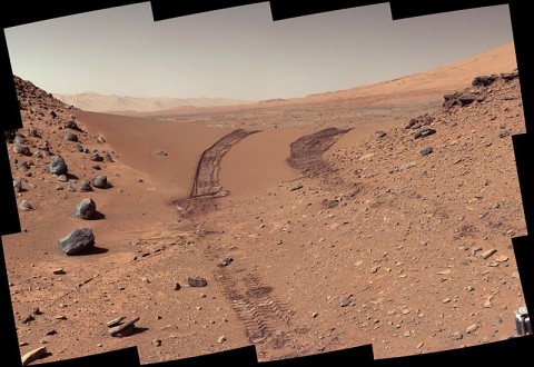 This look back at a dune that NASA's Curiosity Mars rover drove across was taken by the rover's Mast Camera (Mastcam) during the 538th Martian day, or sol, of Curiosity's work on Mars (Feb. 9, 2004). (NASA/JPL-Caltech/MSSS)