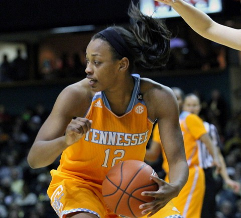 Bashaara Graves leads Tennessee Lady Vols Basketball against Maryland at NCAA Sweet 16. (Mateen Sidiq Nashville Sports Network)