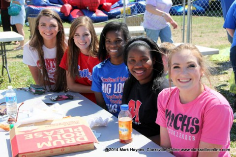 Montgomery Central Cheerleaders helped with the event.