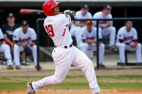 APSU defeats Eastern Kentucky 6-5 on wild pitch. (Michael Rios Clarksville Sports Network)