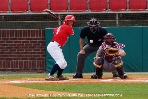 Austin Peay Baseball beats UT Martin Skyhawks 10-2.