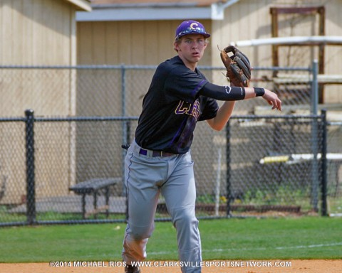 Clarksville High baseball beats Springfield Yellow Jackets 10-0.
