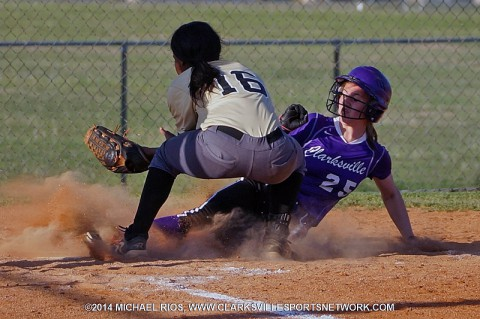 Clarksville High Lady Wildcats get 12-2 victory over Kenwood Lady Knights.